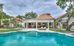 Tropical Luxury Villa In Residential Resort, DR