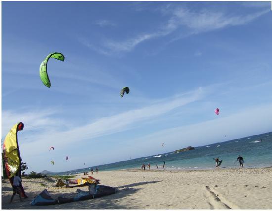 10 10 beach Puerto Plata kiteboarding-at-the-ppbc