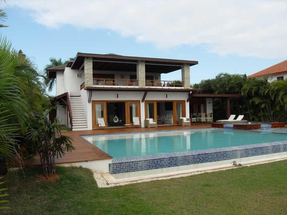 Luxuriously two story villa in casa de campo for Casa de campo