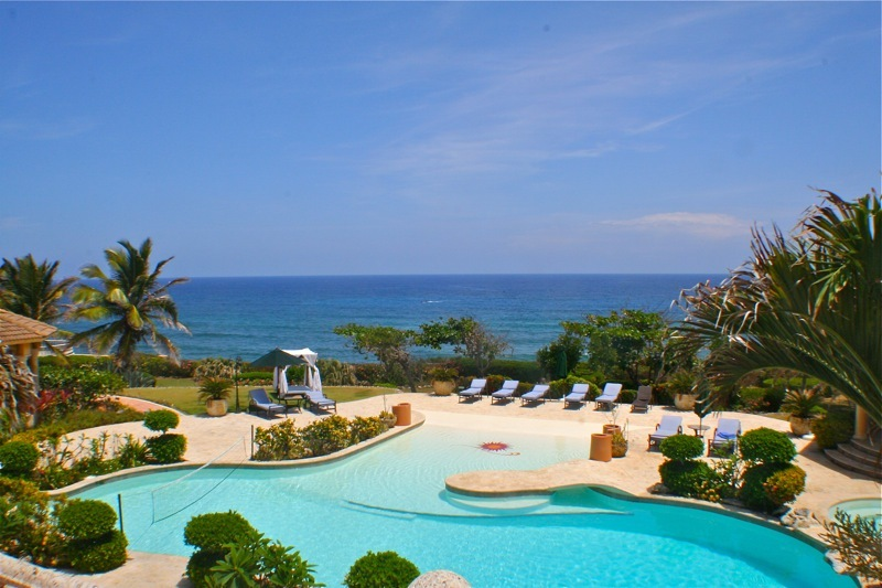 Cabrera Real Estate Villa Oceanfront For Rent