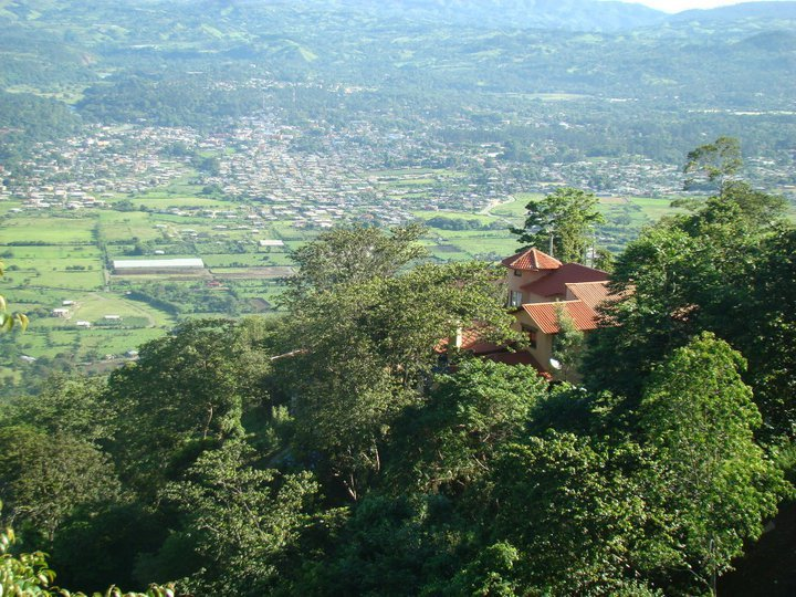 Jarabacoa real estate and properties for sale by for Villas en jarabacoa