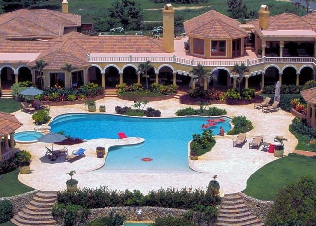 Luxury Villa in Tuscan-Style in Cabrera, Dom.Rep.