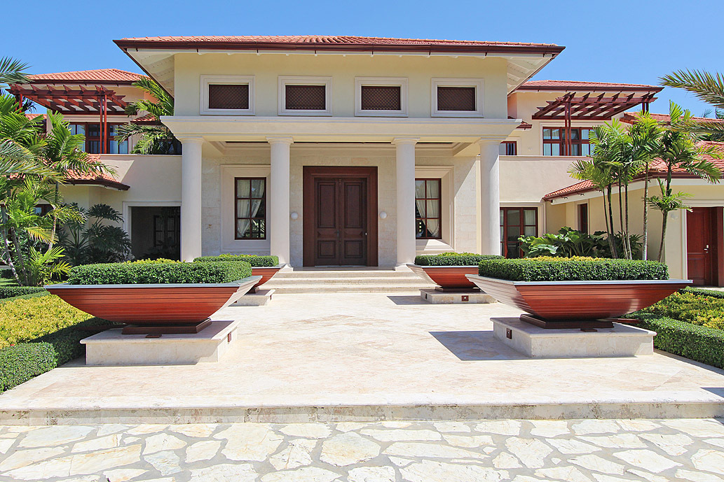 Caribbean villa in residential resort for sale for Luxury caribbean homes for sale