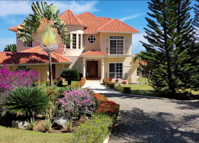 Luxury Ocean View Home in a hillside gated community, DR