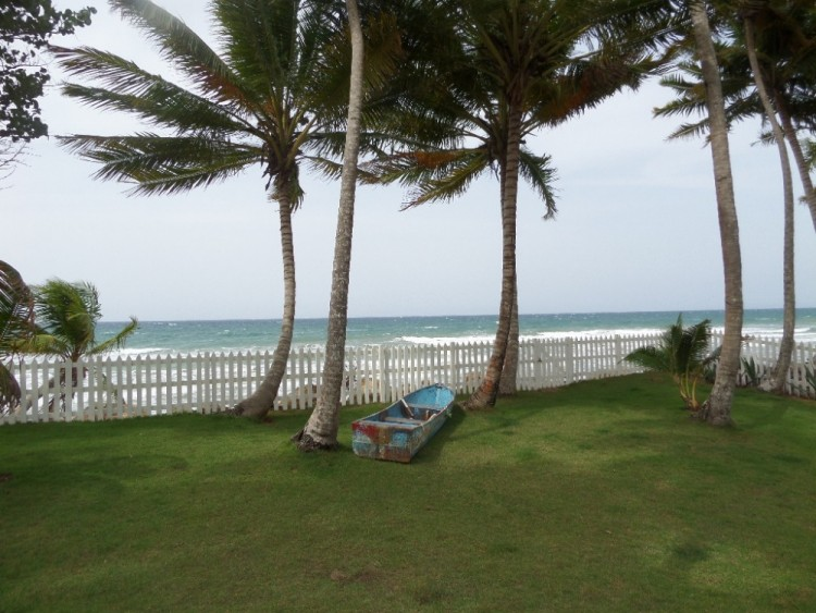 Beautiful Beachfront Home in Las Cans, DR